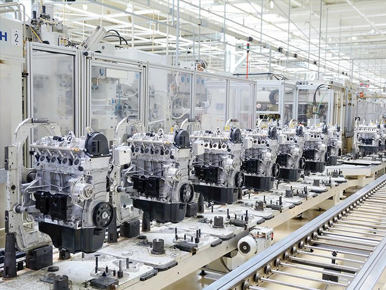 工場内の製造ライン